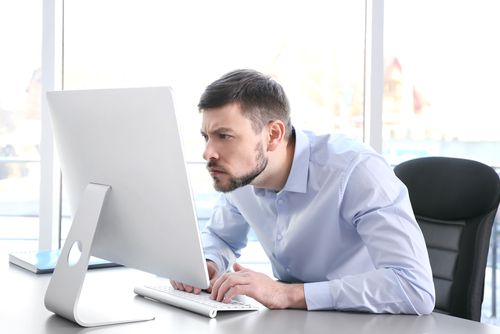 4 Tips to Prevent Neck and Back Pain at Work